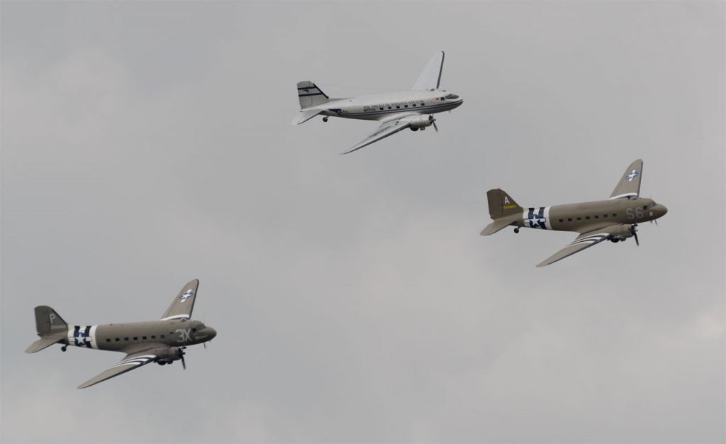 DC-3 D-Day tribute