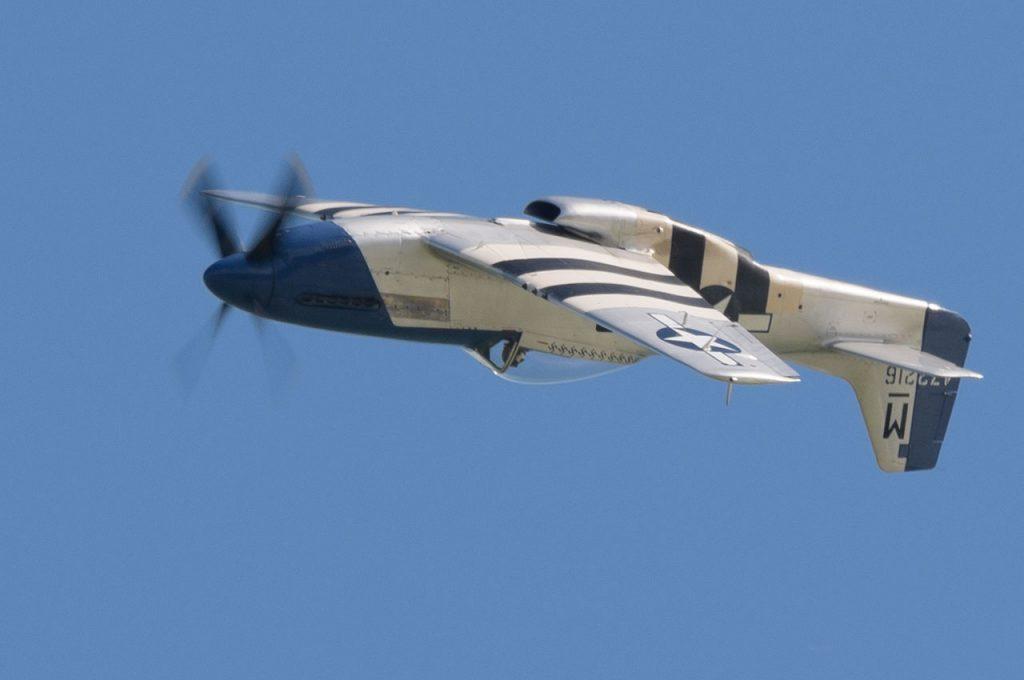"""P-51D Mustang """"Miss Helen"""""""